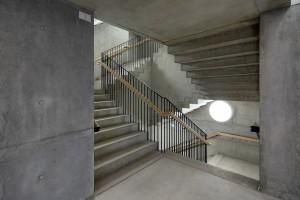 AR_MarteMarte_KunstmeileKrems_Pinjo_07_Inside_Stairwell_01-min
